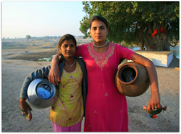 Chandelo water carriers