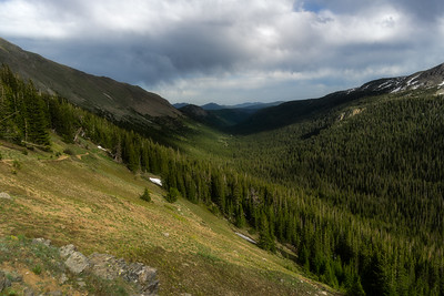 Hiking trail to Arapahoe Pass, Colorado