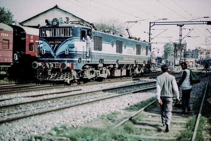 WAM4 20561 at Delhi Junction 16 February 1992