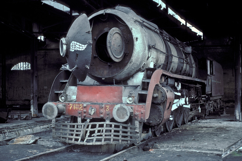 A view of the arrangements of the smokebox of WP7102 at Moradabad on 18 February 1992 shows how the small smokebox door is hidden inside the bullet nose of the WP