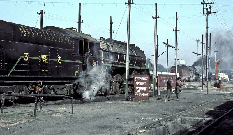 A very clean WG9662 simmers in the shed yard at Bareilly Junction on 18 February 1992