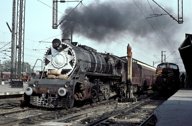 WG 8646 is waiting to depart from Delhi Junction with its passenger service on 16 February 1992