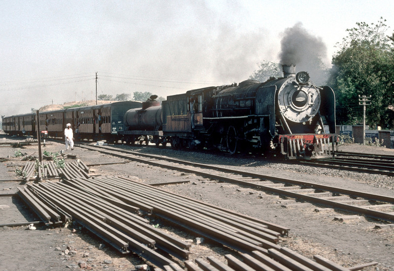 Well decorated YP2212 enters Mahesana Junction with a passenger service on 4 March 1992