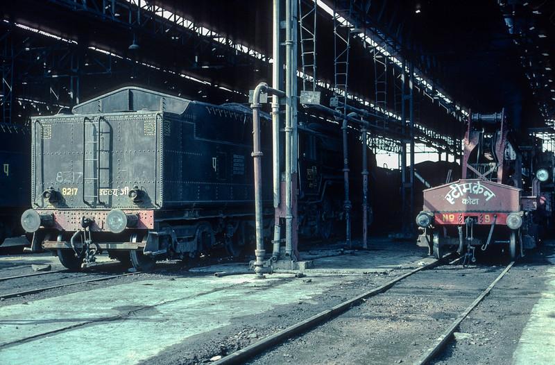 WG 8217 rests alongside the breakdown crane at Kota on 7 March 1992