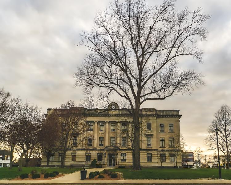 Sullivan County Indiana Courthouse in Sullivan