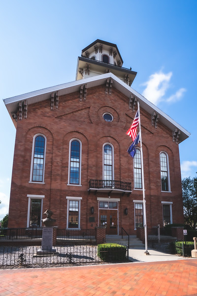 Steuben County Indiana Courthouse in Angola