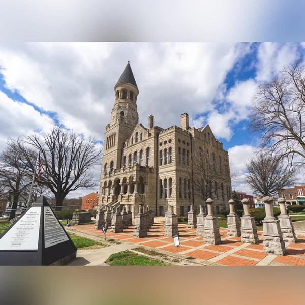 2019 Indiana: Indiana Courthouses Photo Slideshow