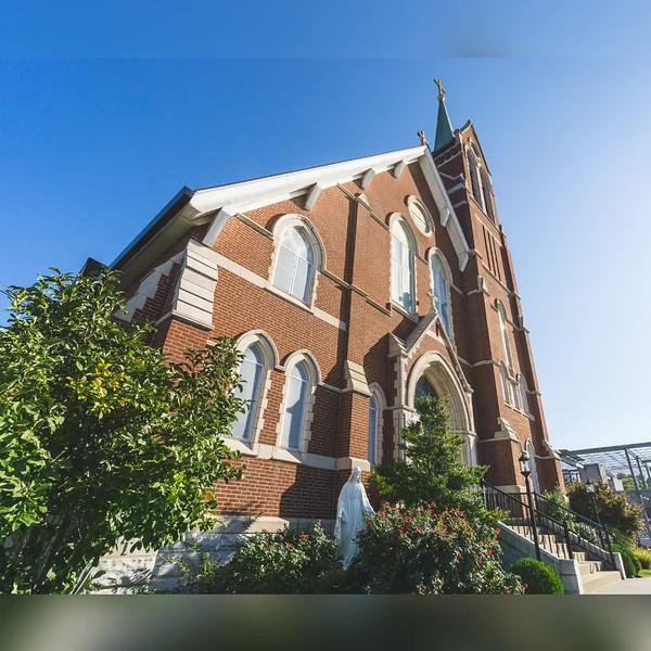 2018 Indiana: Indiana Church and Courthouse Photo Slideshow
