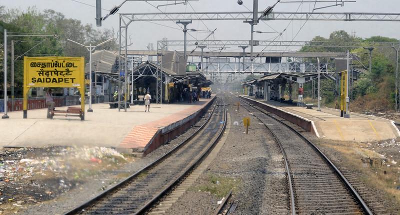 East Indian Rly No 21 Express, pasing Saidapet, Fri 23 March 2012 - 1249.