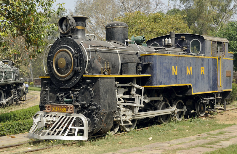 37385, Delhi Rly Museum, Sat 24 March 2012 1.  One of six X class locos (Nos 37385 - 390) built at Winterthur 1920 - 1925.