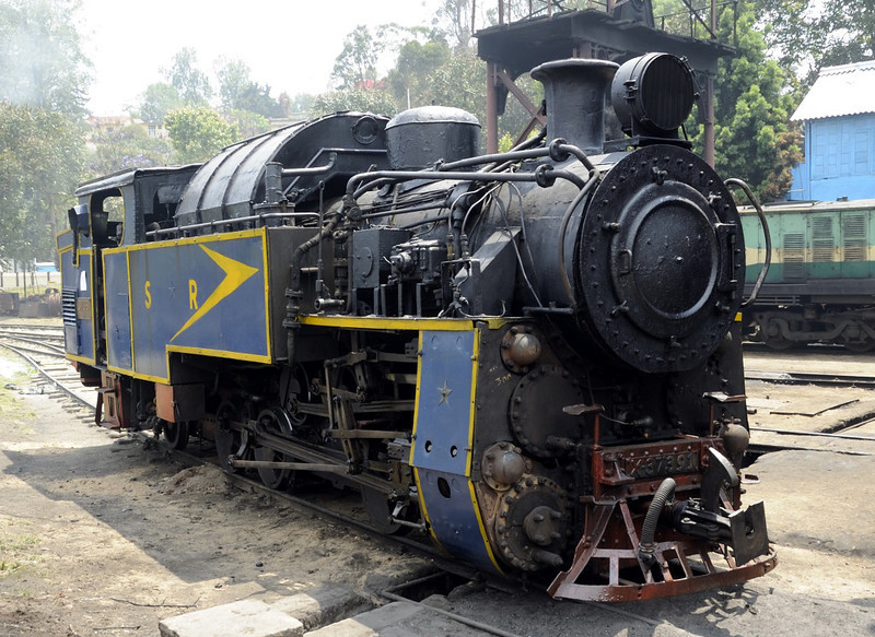 37391, Coonor, Wed 21 March 2012.  One of five (Nos 37391 - 395) built at Winterthur in 1952.