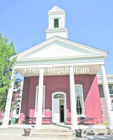The Old Essex Courthouse at Elizabethtown was built in 1823, and the pillars out front that support its roof are rotted. County lawmakers have approved quickly repairing the pillars.<br><br>(Staff Photo/Lohr McKinstry)
