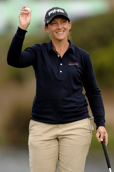 04 October 2008:  Angela Stanford (USA) celebrates a putt on the 18th hole during the Samsung World Championship, Round 3, at the Half Moon Bay Golf Links Ocean Course in Half Moon Bay, CA.  Stanford is one shot off the lead heading into the final round.