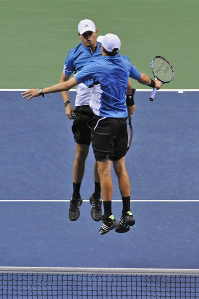 23 February 2008: Mike and Bob Bryan of the United States  during their SAP Open semi-final win, 6-2, 7-6, over Steve Darcis and Kristof Vliegen of Belgium at the HP Pavilion in San Jose, CA.