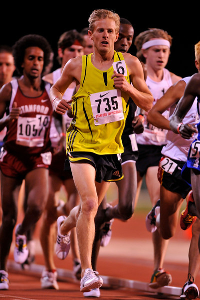 04 April 2008: Stanford Cardinal alumnus Brett Gotcher (running for McMillan) runs a heat of the 10000 meter run during the Stanford Invitational at the Cobb Track and Angell Field in Stanford, CA.