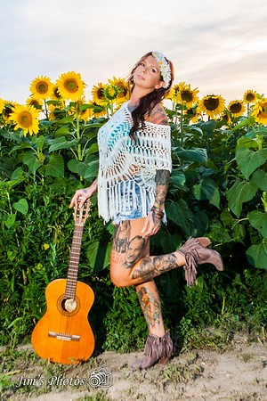 Ind - Christina Marie - Sunflowers Field - Aug 04, 2015