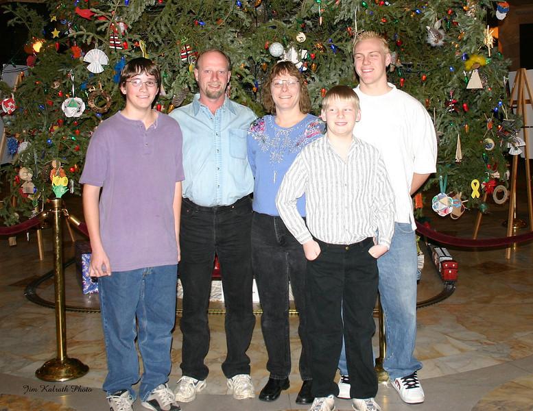 jim_family_p