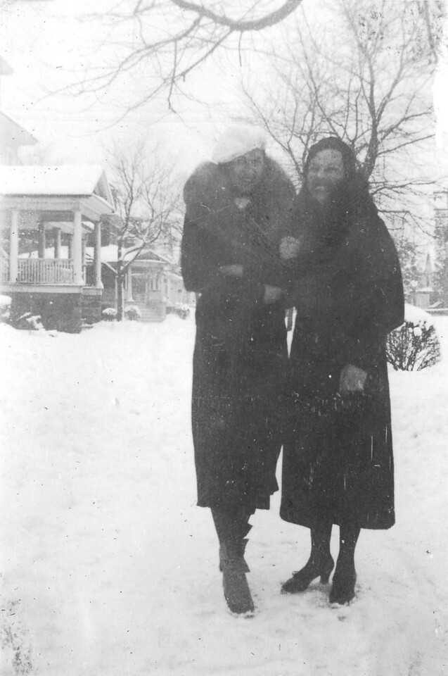 Undated Eighth Avenue, Belmar, NJ Anna Regina (Keating) Morris and Susan Marie (Keating) Kuck.