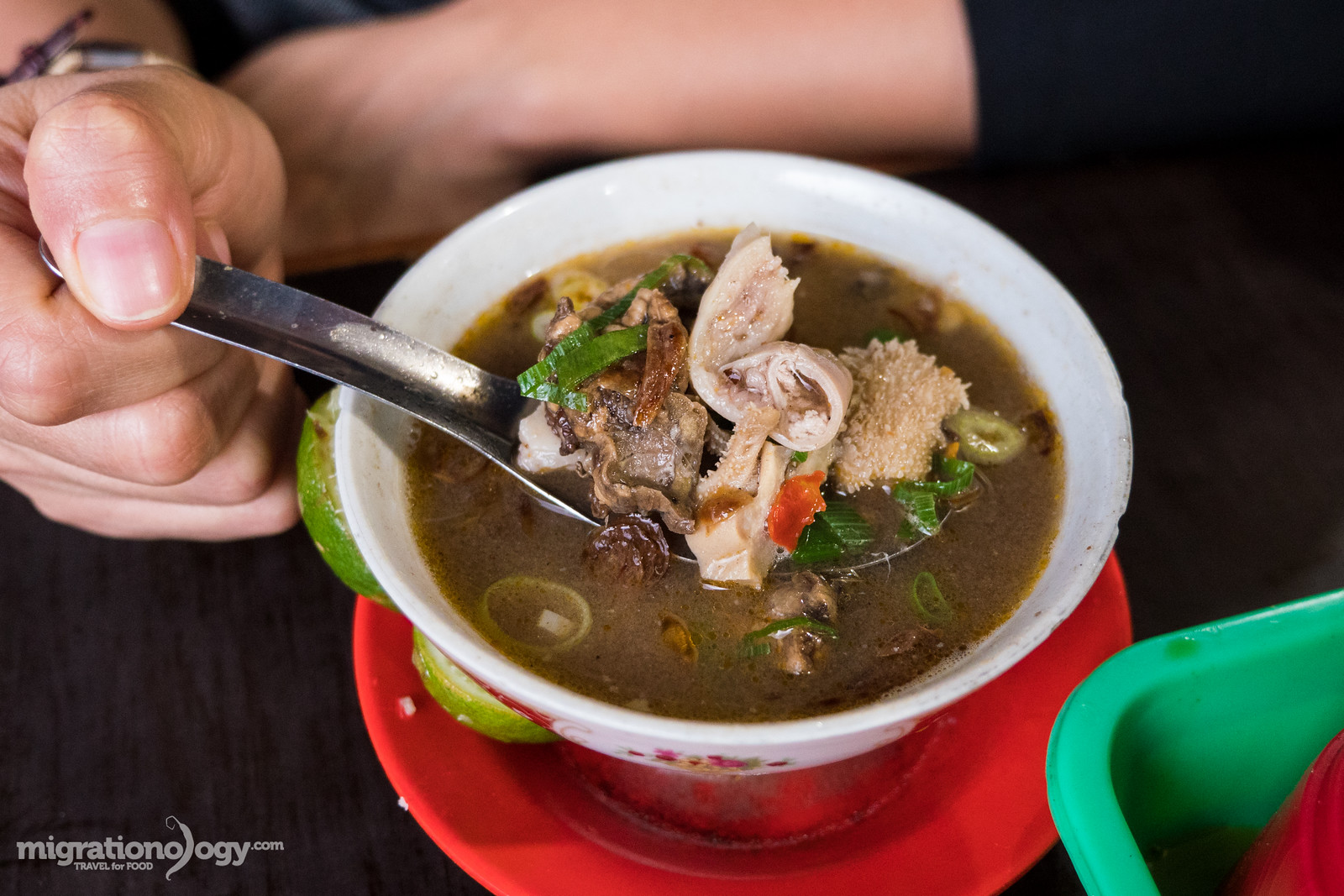 Indonesian Food 50 Of The Best Dishes You Should Eat Old Town Coffe 2 In1 Isi 15 Coto Makassar