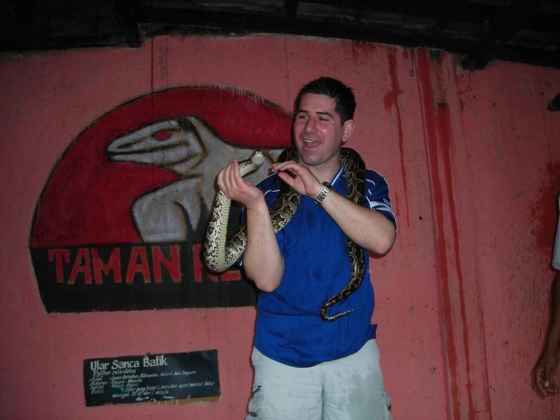 I think the snake likes me!
