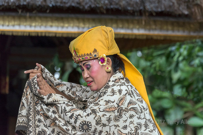 Calon Arang character, mother of Ratna Manggali, Calon Arang traditional dance, Ubud, Bali