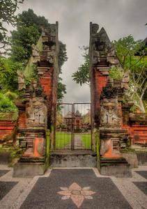 Amazing gate — Ubud, Bali, Indonesia