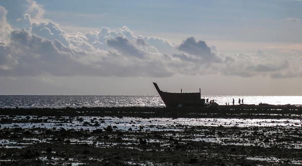 Dismantling a shipwreck — Gili Trawangan Island, Indonesia