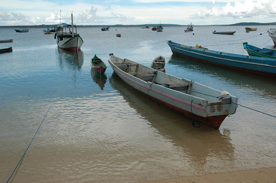 Boats at the village of Tablolong