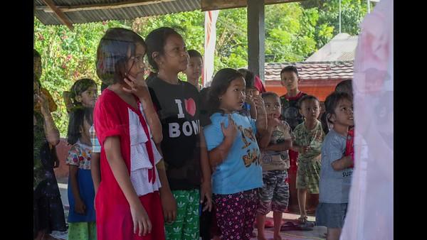 Indonesia 5-min w music