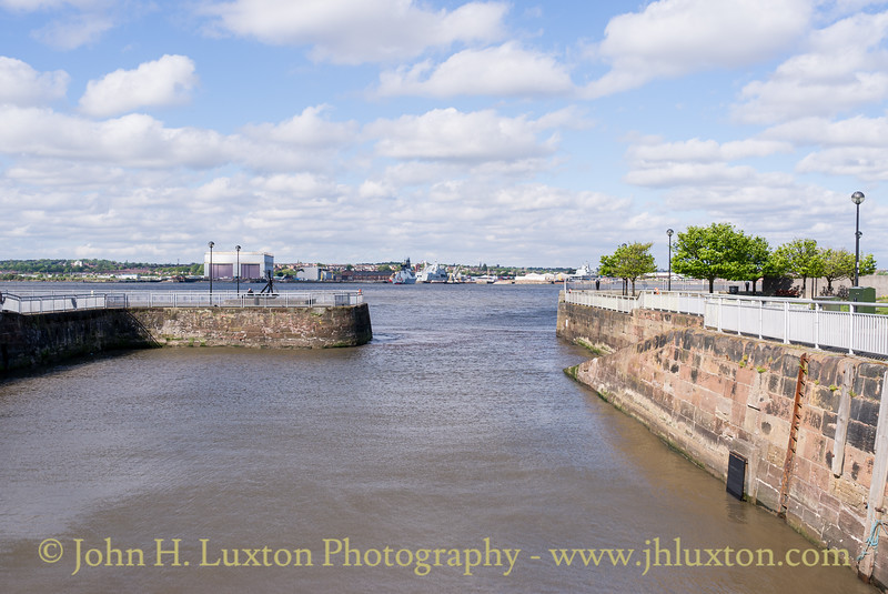 South Ferry Basin, Liverpool - May 04, 2020