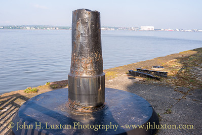 Herculaneum Dock, River Wall, Liverpool - May 04, 2020