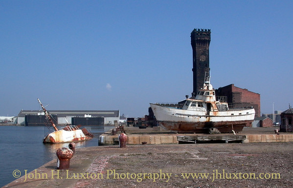 Hydraulic Tower, East Float, Birkenhead - April 12, 2003