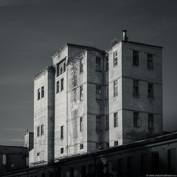 Industrial IX