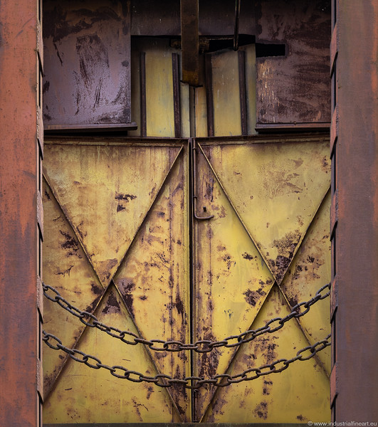 Closed and Chained