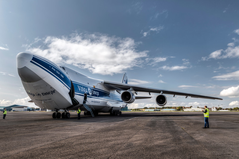 Antonov_Colour_030_L