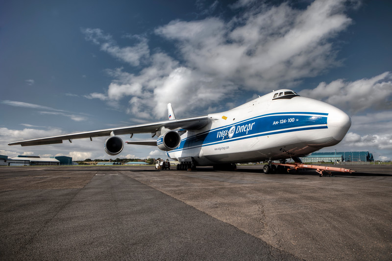 Antonov_Colour_037_L