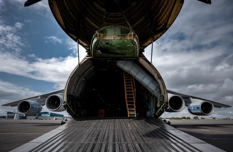 Antonov_Colour_015_L
