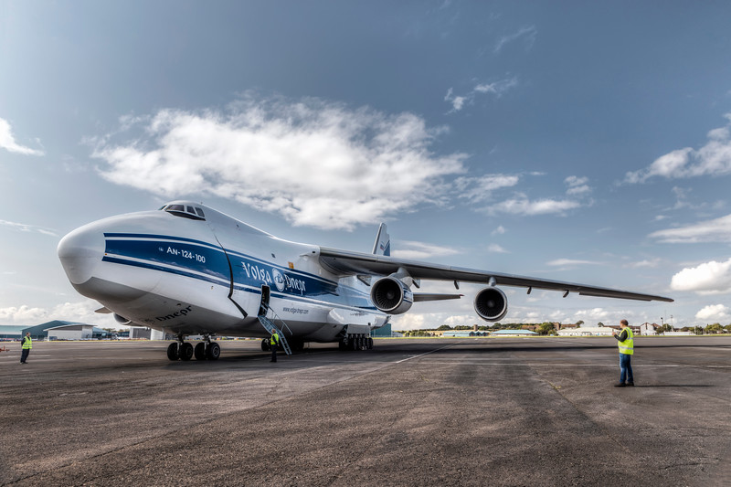 Antonov_Colour_031_L