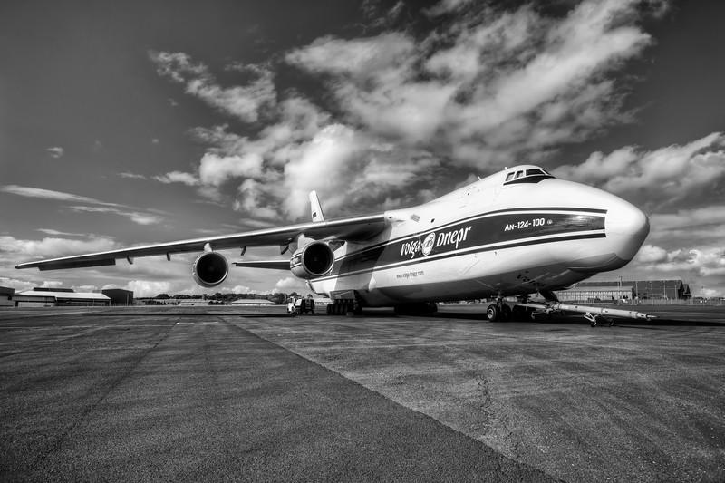 Antonov_Mono_037_L