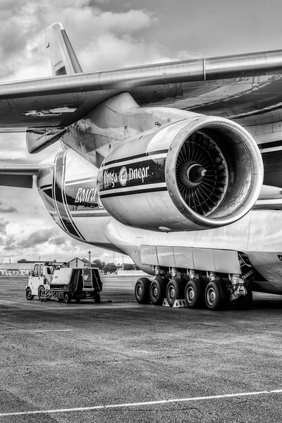 Antonov_Mono_002_L