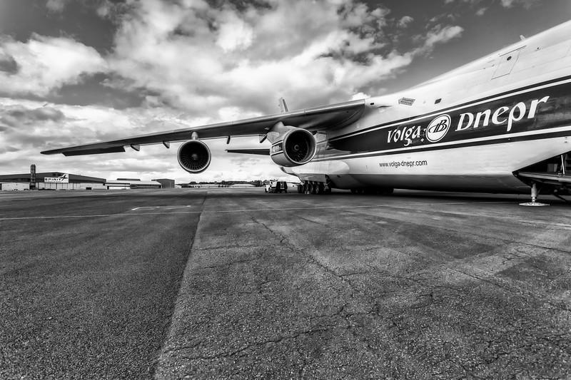 Antonov_Mono_003_L