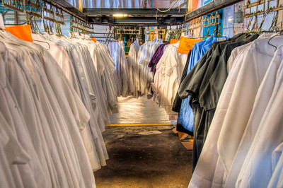 commercial-laundry-uniforms
