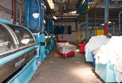 industry-commercial-laundry-2
