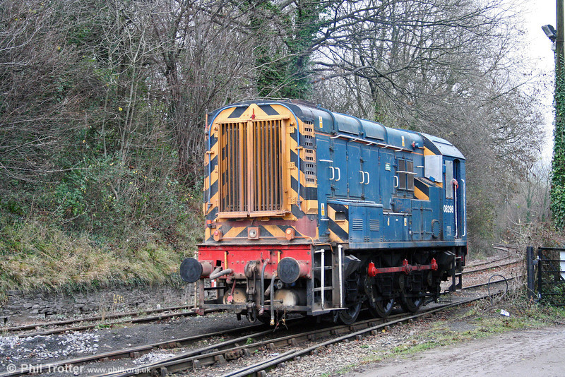 Its morning's work over, 08296 returns to its stabling point at Machen Quarry on 29th November 2008.