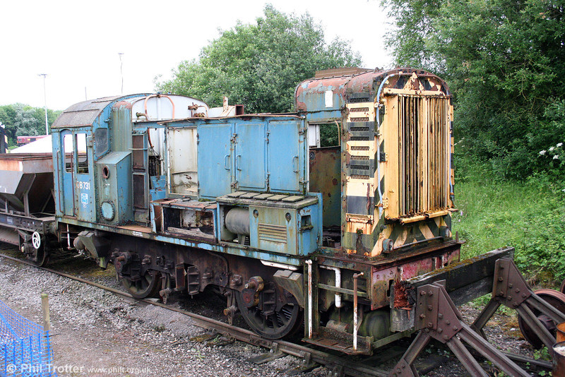 08731 has been cannibalised as a source of spares for Foster Yeoman's other class 08s. Its remains were photographed at Merehead on 21st June 2008.