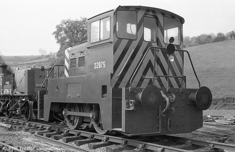 A cab view of Yorkshire Engine Company 0-4-0DE (2779/1960) at Bronwydd Arms, Gwili Railway in an earlier guise as D2875.
