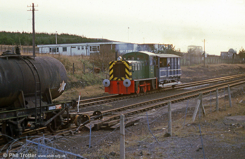 North British 0-4-0DH (27941/1961) in action at the now defunct Swansea Vale Railway in February 1986.