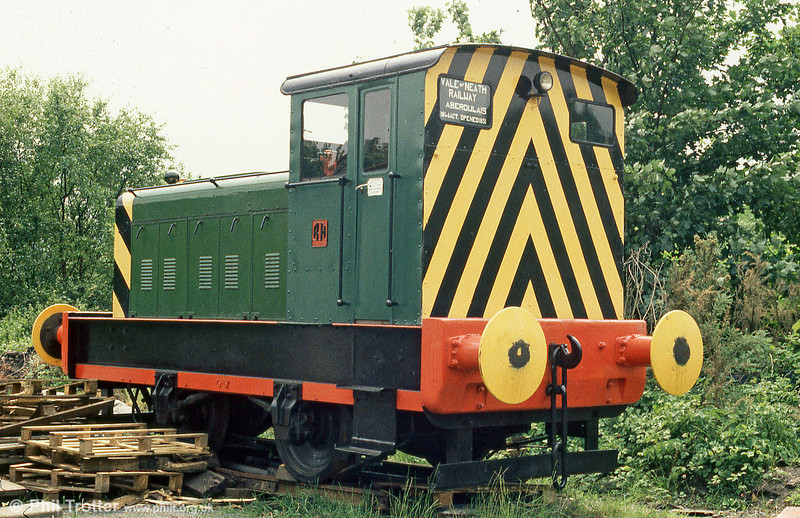 Former Metal Box, Neath Ruston Hornsby (394014/1956) no. 2 in store at the premises of the erstwhile Vale of Neath Railway, in August 1986.