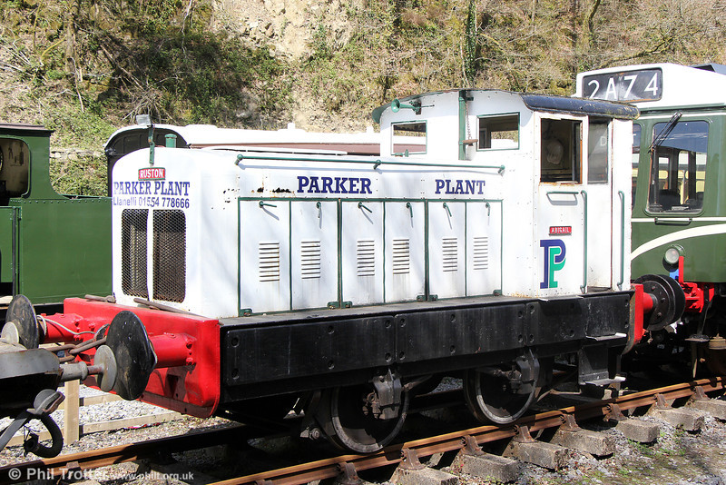 Ruston Hornsby (312433/1951) 4wDM 'Abigail' in Parker Plant livery at Llwyfan Cerrig, Gwili Railway on 19th April 2014.