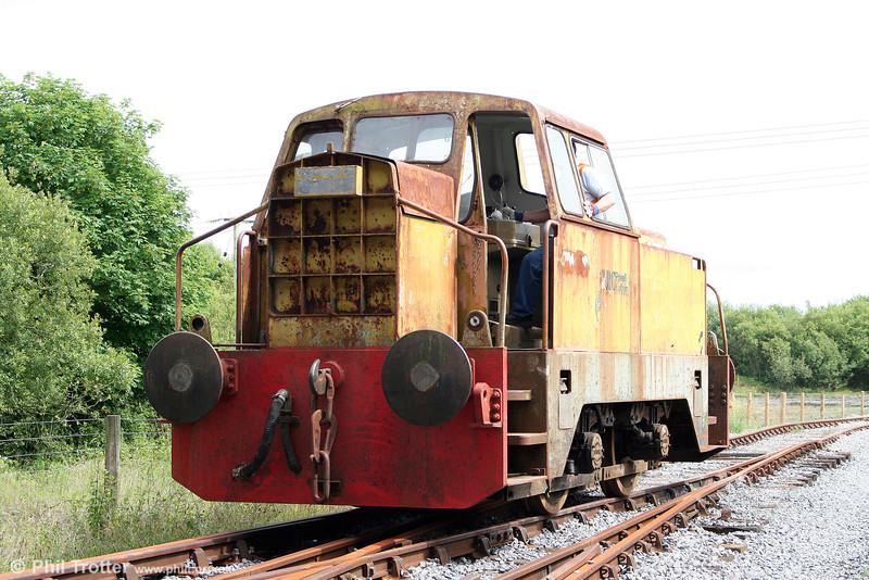 The Llanelli & Mynydd Mawr Railway's Sentinel 4wDH (10222/1965) in action at Cynheidre on 11th July 2010.